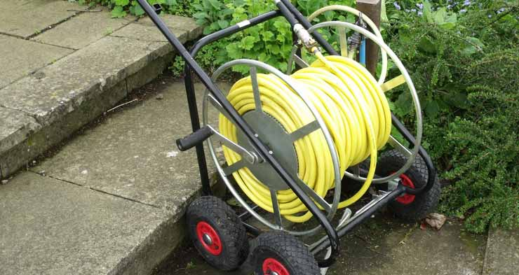 How to Store a Garden Hose